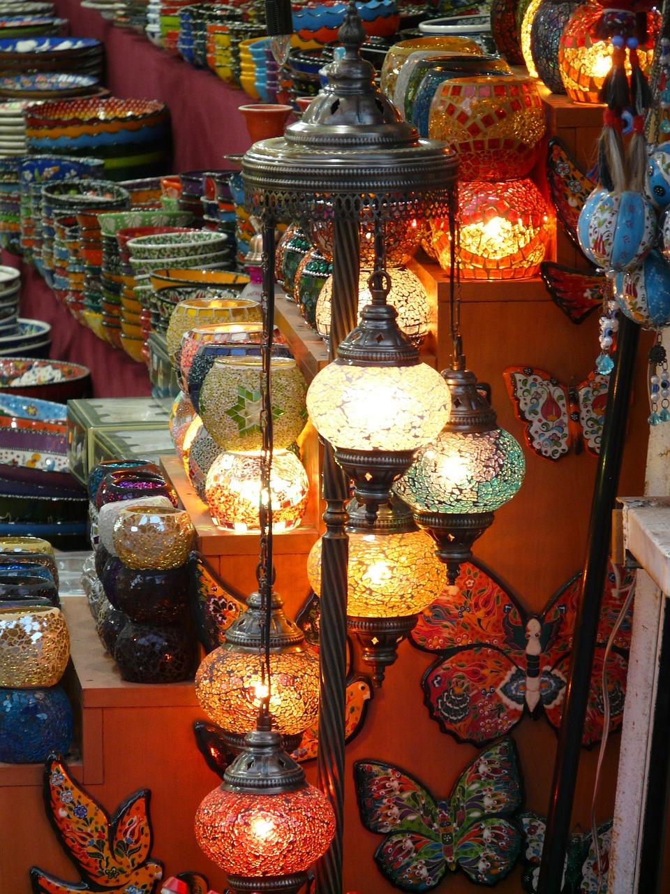 La iluminación en tu comercio o negocio es crucial