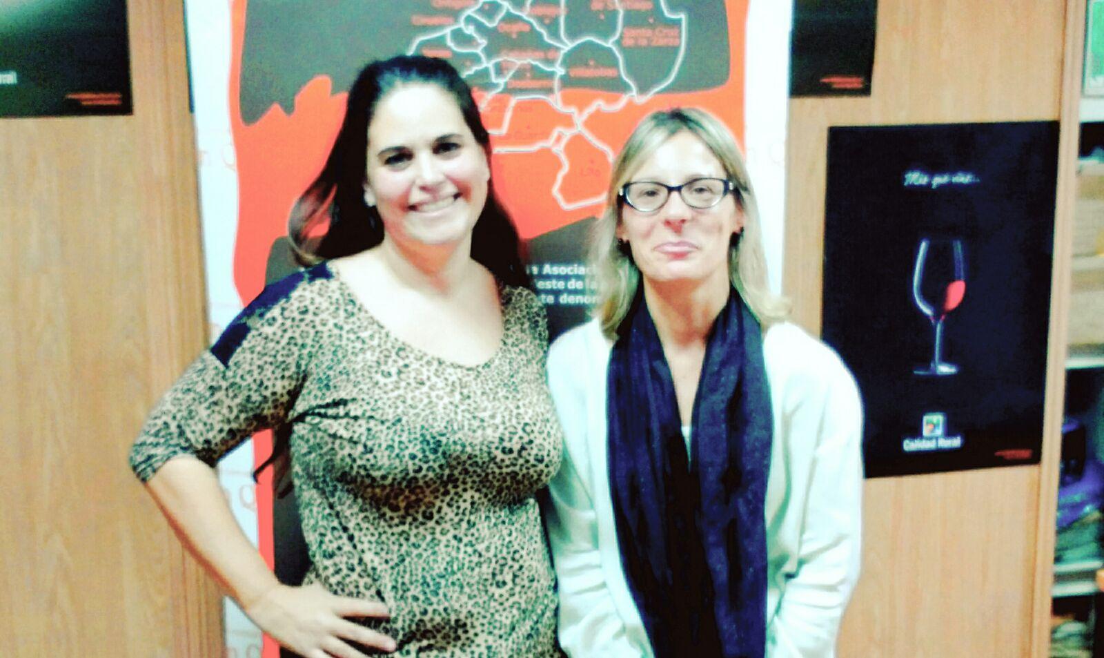 A la izquierda, Sonia Velázquez, y a la derecha, Caste Nieto